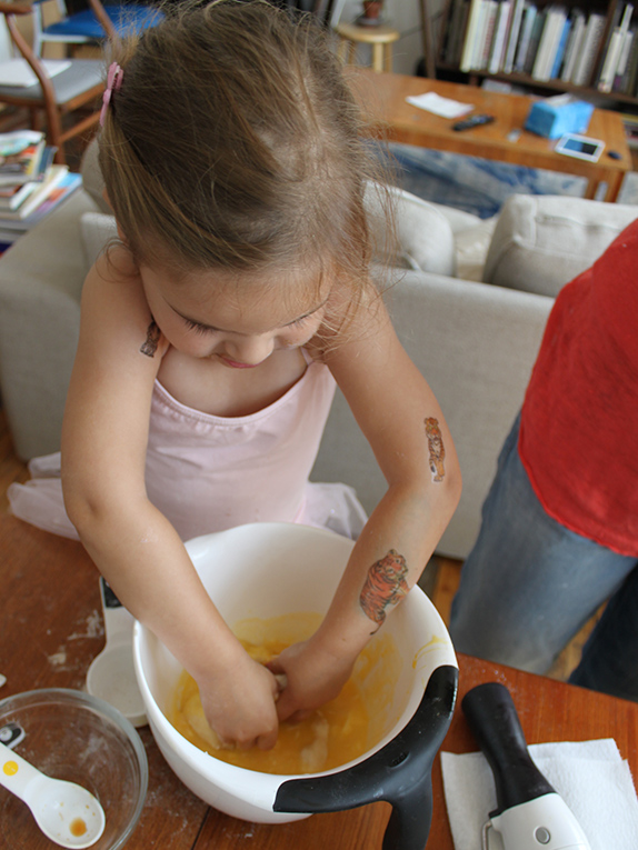 Buying Guide: Kid-Friendly Cooking Tools