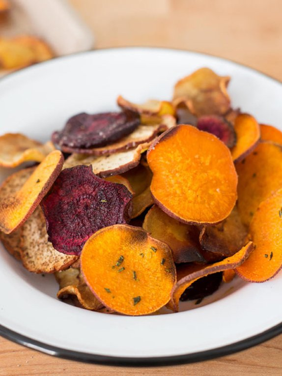 Healthy Homemade Veggie Chips You Should Be Making Now