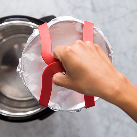 OXO Pressure Cooker Sing