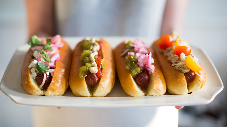 Hot dog toppings for barbecue