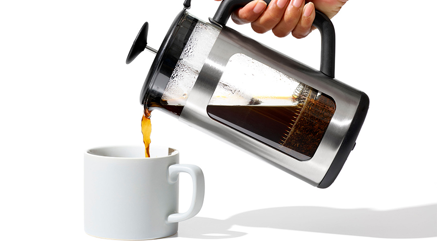 pour coffee from french press