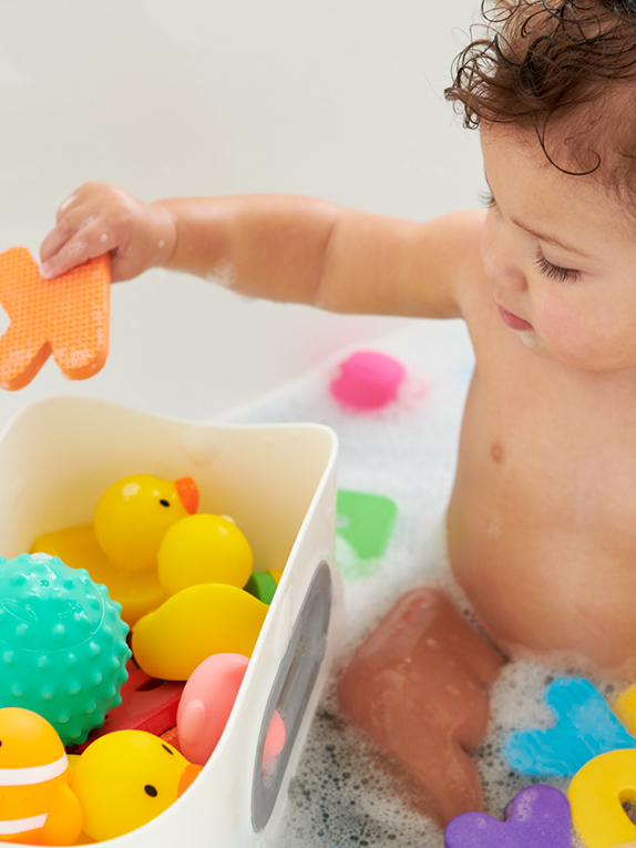 Must-Have Bath Items for Your Baby Registry