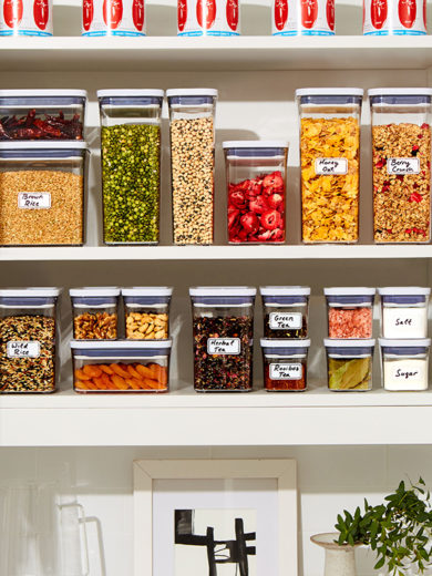 A Step-by-Step Guide to Organizing Your Kitchen Cabinets & Drawers