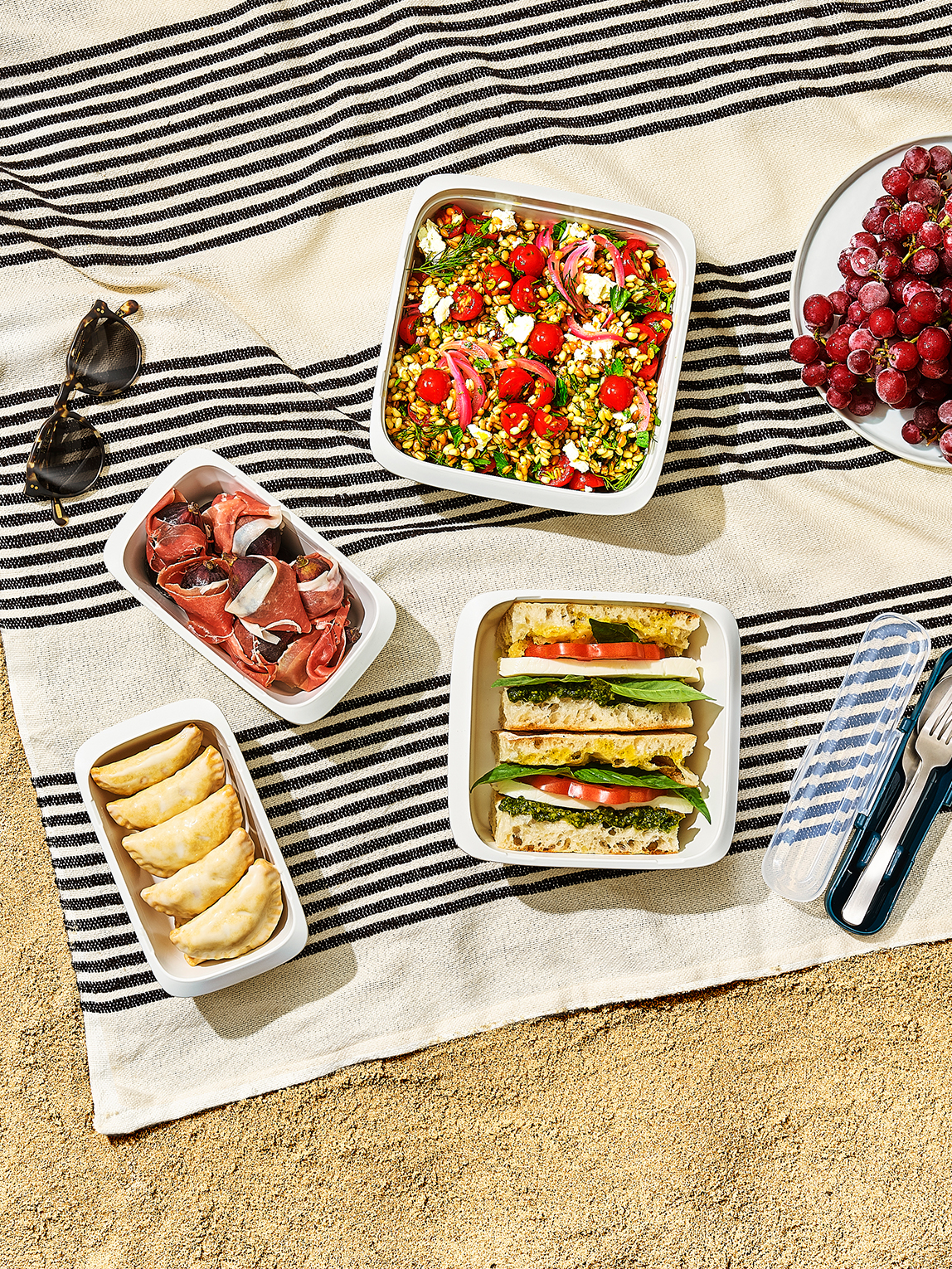 Lunch at the Beach? Pack These Easy Picnic Foods