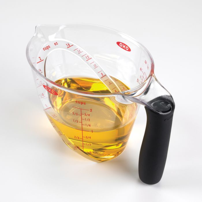2-Cup Angled Measuring Cup 420
