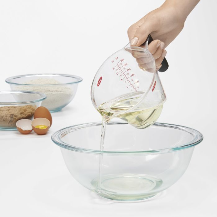 2-Cup Angled Measuring Cup 423