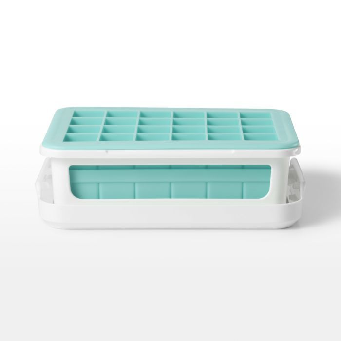 Covered Silicone Ice Cube Tray-Cocktail Cubes 176958