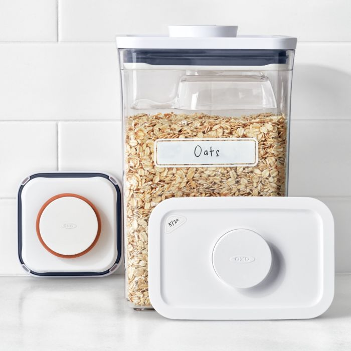 OXO POP 3-Piece Starter Set with POP Container of oats