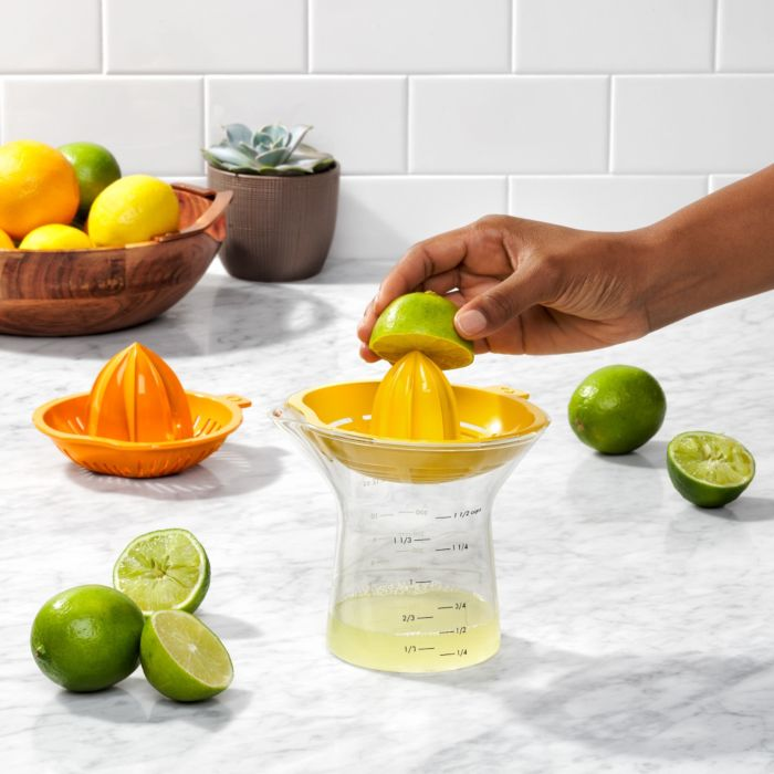 2-in-1 Citrus Juicer 7973