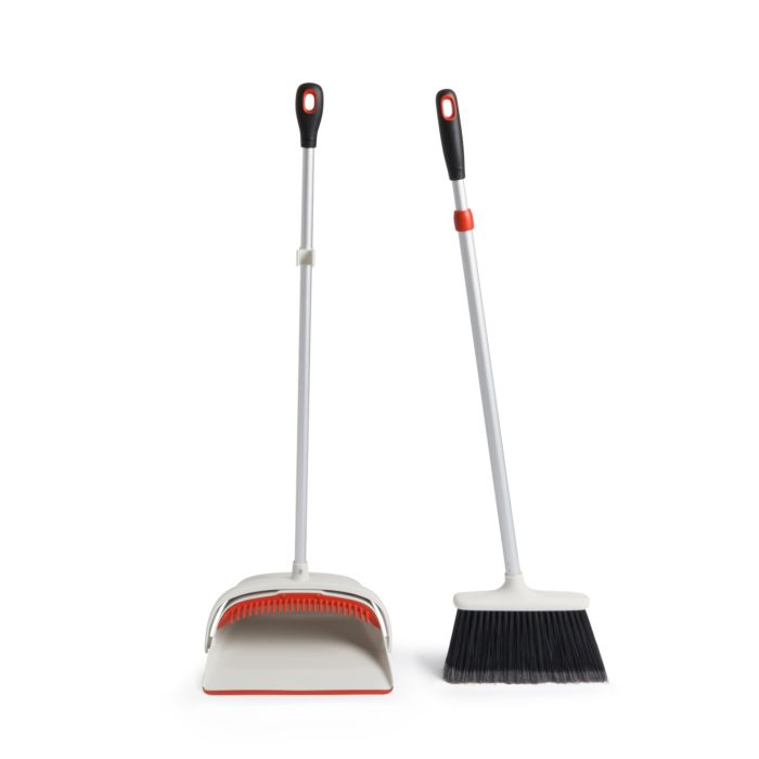 Large Sweep Set with Extendable Broom 1816