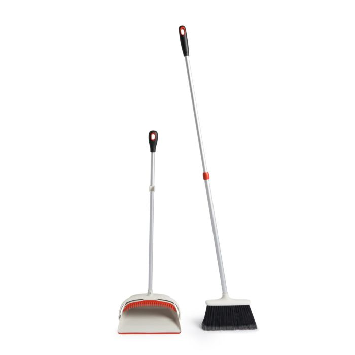 Large Sweep Set with Extendable Broom 1814