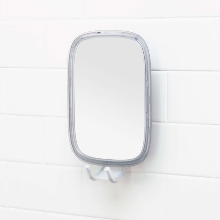 StrongHold™ Suction Fogless Mirror 177696