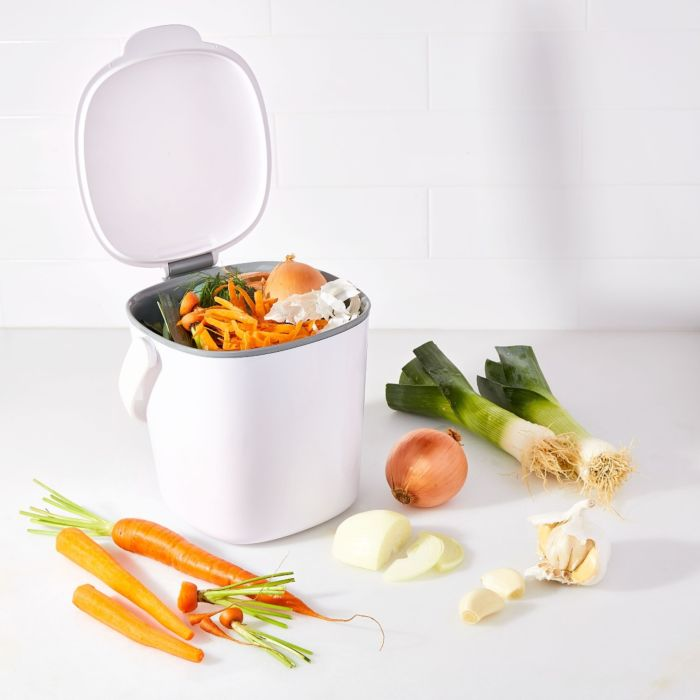 Easy-Clean Compost Bin - .75 Gal 176440