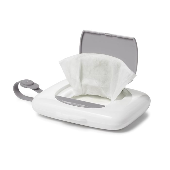 On-the-Go Dispenser for Small Wipes 7400