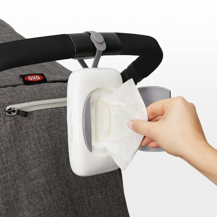On-the-Go Dispenser for Small Wipes 7403