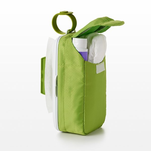 On-the-Go Wipes Dispenser with Diaper Pouch 3639