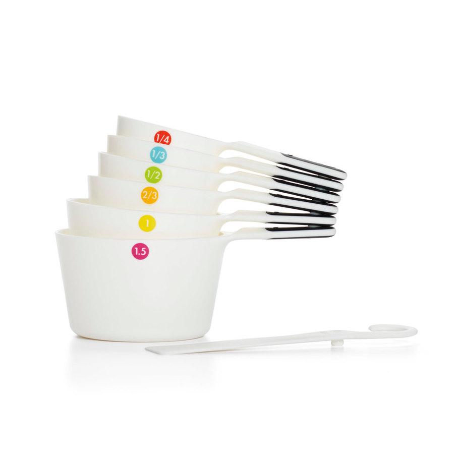 7 Piece Plastic Measuring Cups